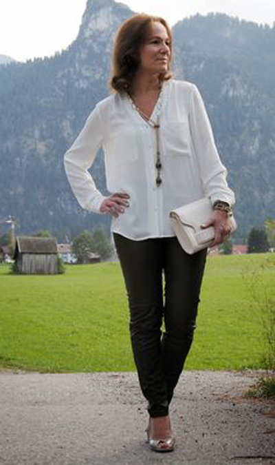 23d4e516e4ae How to dress youthfully in your 60s…without looking like mutton ...
