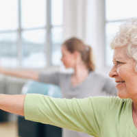 101115_senior_woman_exercise
