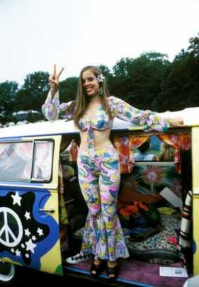 UNITED STATES - JANUARY 01: WOODSTOCK FESTIVAL Photo of FESTIVALS and HIPPIES and WOODSTOCK 1994 (Photo by John Lynn Kirk/Redferns)