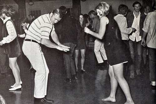 1970s High School Dance (1)