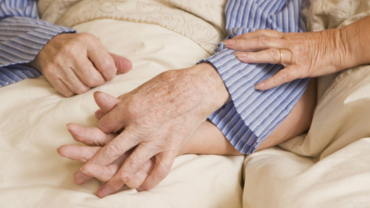 old-couple-sex-bed-holding-hands-story-top