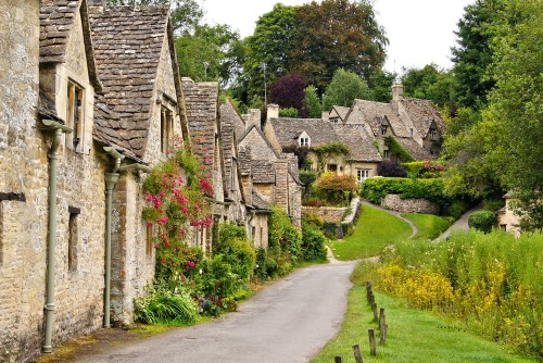 It's a great place to explore and soak in the best of the English countryside.