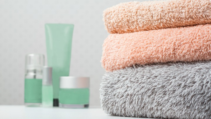 Simple way to make your bath towels soft again starts at 60 - Keep towels fluffy tricks ...
