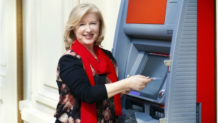How to avoid ATM scams on holiday