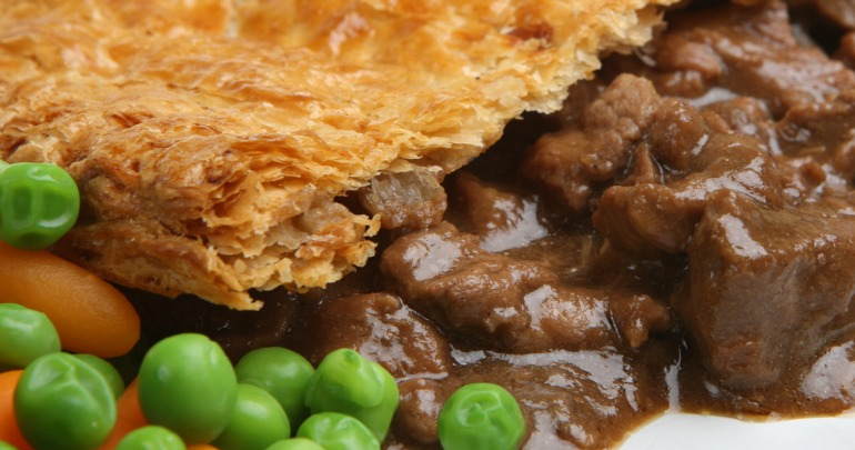 Chunky steak and pepper pie | Starts at 60