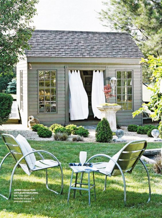 Your own place in the backyard. Photo via Pinterest.