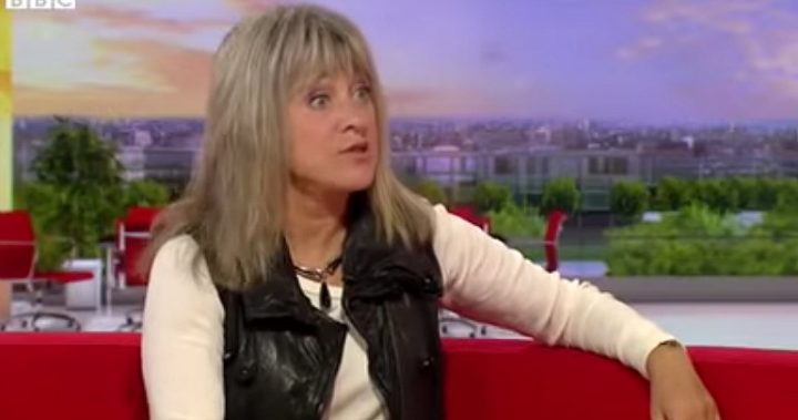 suzi quatro has some advice for today s youth starts at 60. Black Bedroom Furniture Sets. Home Design Ideas