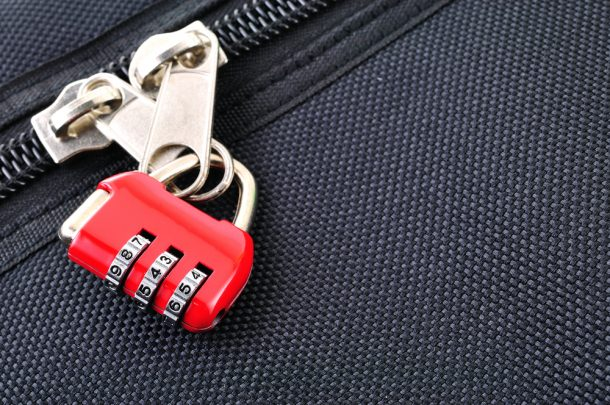 How a pen can open your padlocked luggage