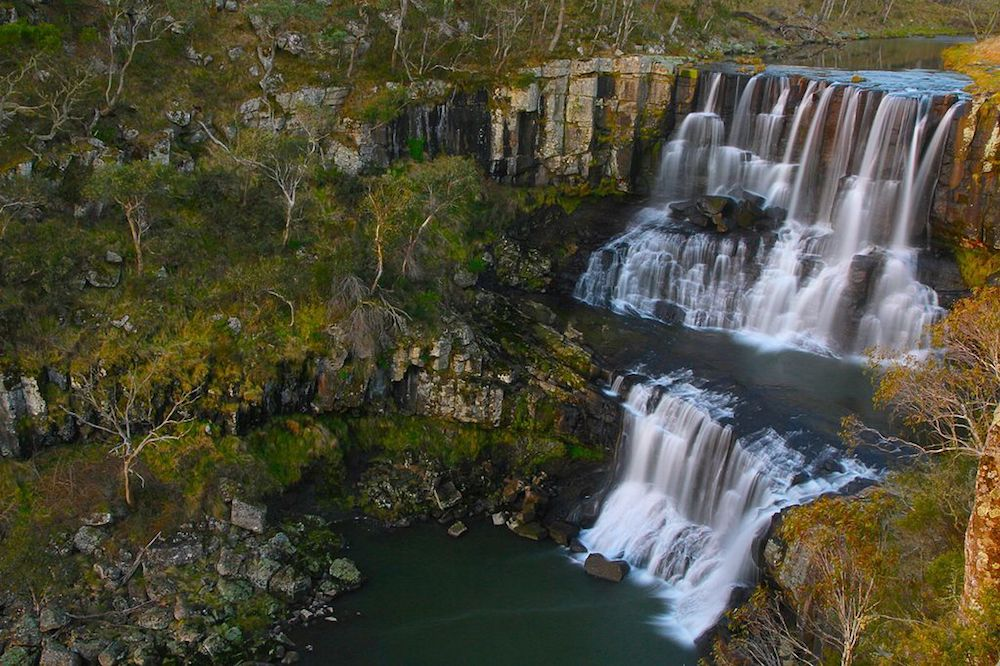 Ebor Falls in Guy Fawkes River. Image: By DebrahNovak (Own work) [CC BY-SA 4.0 (http://creativecommons.org/licenses/by-sa/4.0)], via Wikimedia Commons