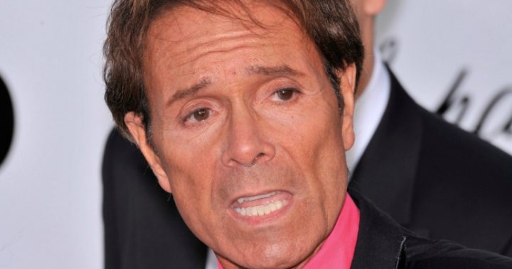 Police to pay Sir Cliff Richard 'substantial' damages over raid