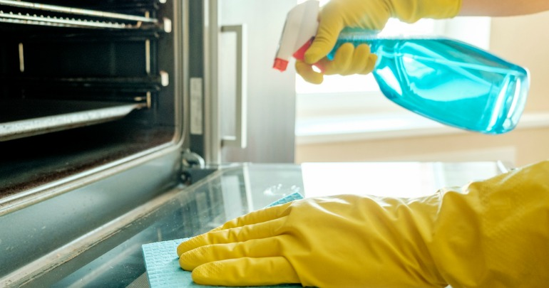 How To Clean Your Oven Without Toxic Fumes Starts At 60