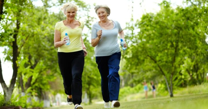 Fit Middle-Aged Women May Fend Off Dementia Later