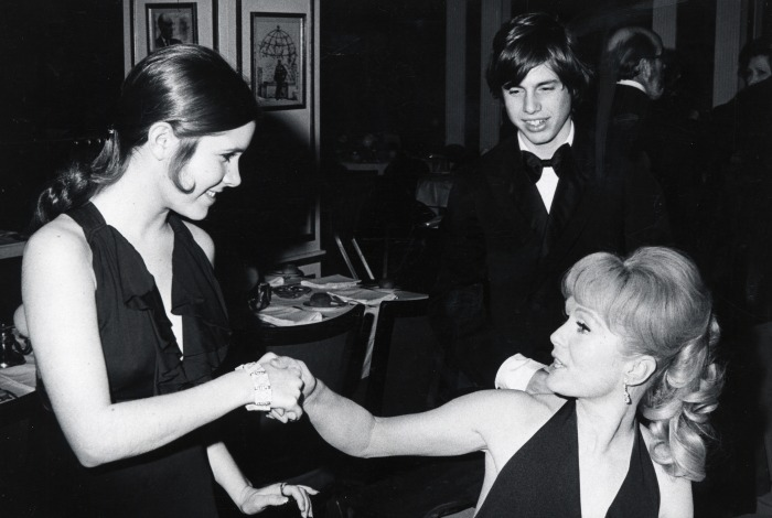 Todd Fisher with sister Carrie and mum Debbie Reynolds in 1973. Source: Getty.