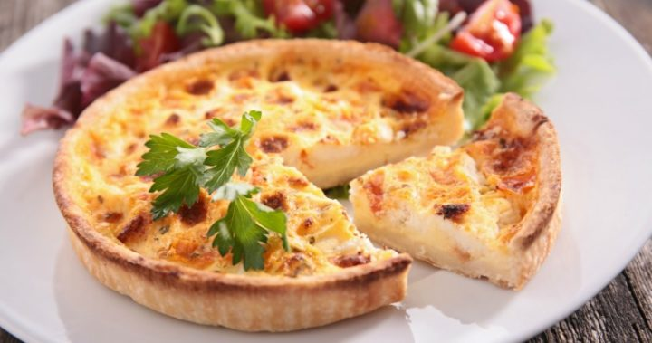 Delicious quiche lorraine that is easy to whip up and with only a few ingredients.