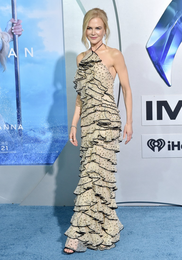 Nicole Kidman wowed in a champagne coloured gown as she attended the premiere of her latest filmAquaman. Source: Getty