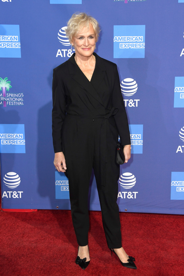 Glenn Close looked elegant in a beautiful black jumpsuit for the 30th Annual Palm Springs International Film Festival Film Awards Gala on Thursday.