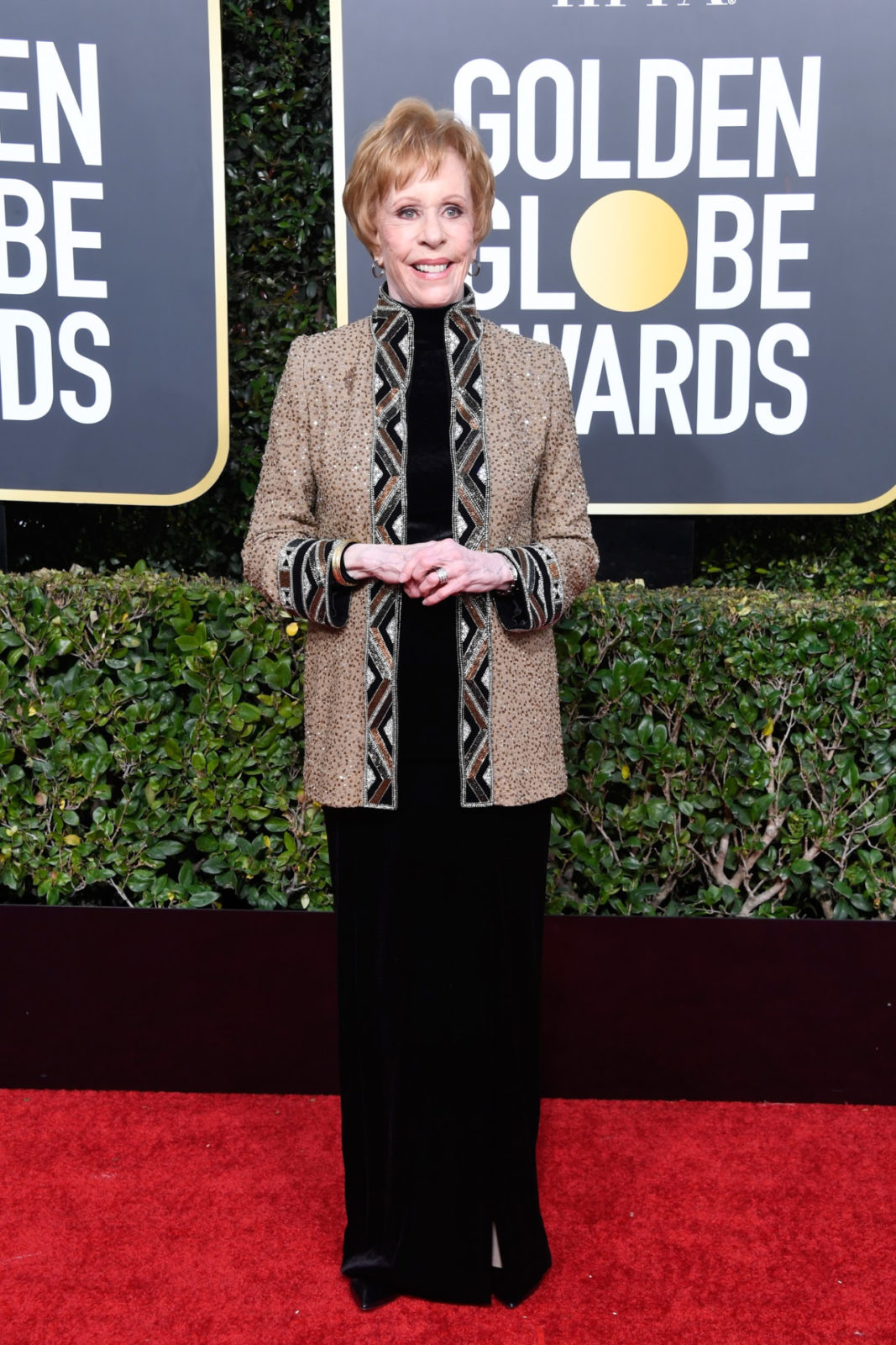 Carol Burnett looked stylish in a standout gold jacket. Source: Getty