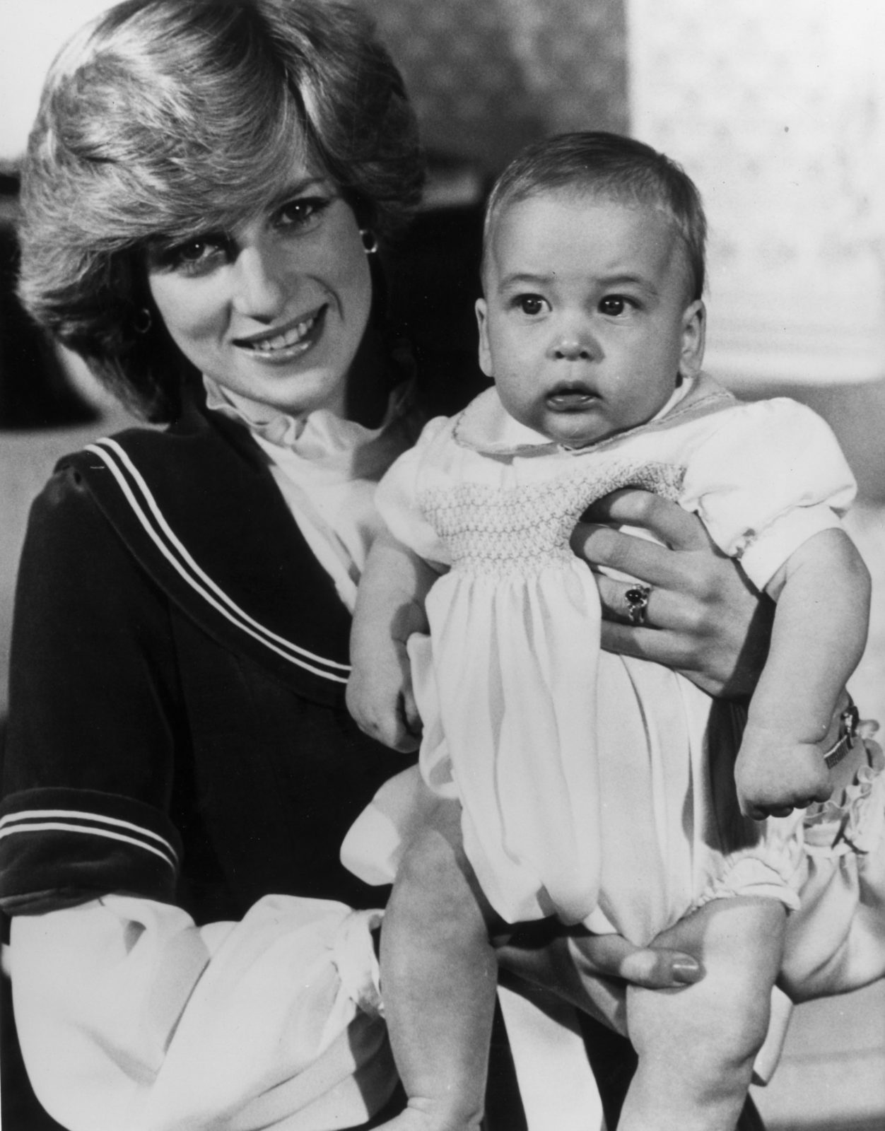 Prince William with his mum Diana in 1982. Source: Getty.
